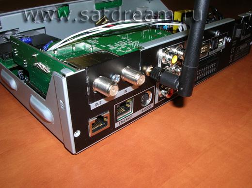 Беспроводной модуль и антенна Wi-Fi в ресивере ITGate TGM220 Wi-Fi